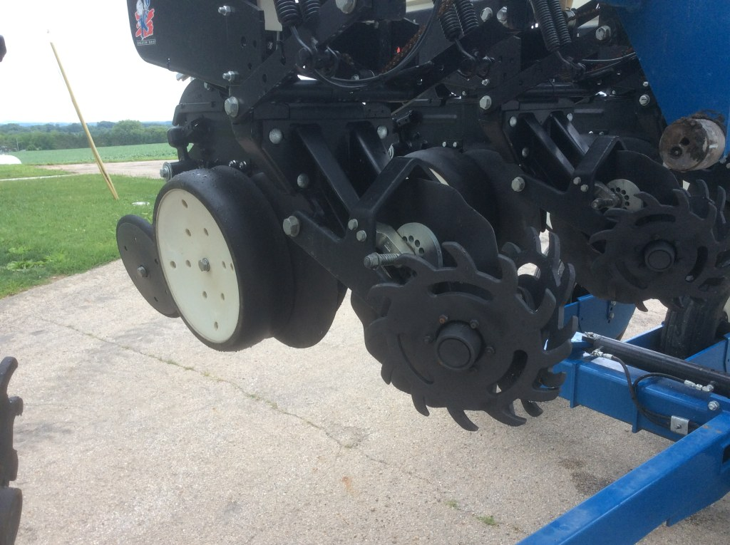 Kinze 3500 Corn Planter - Claz org