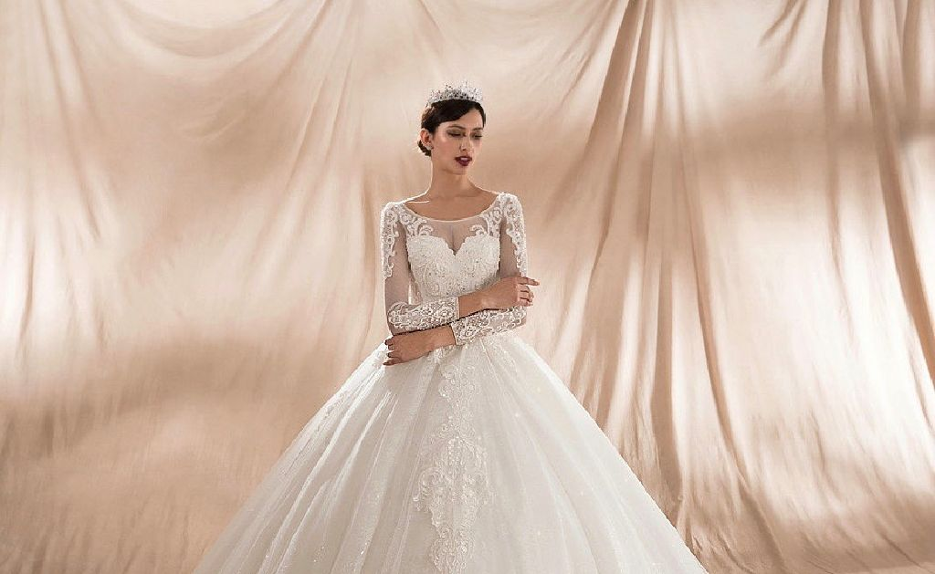 Nina s elegant princess style lace appliqué wedding dress claz