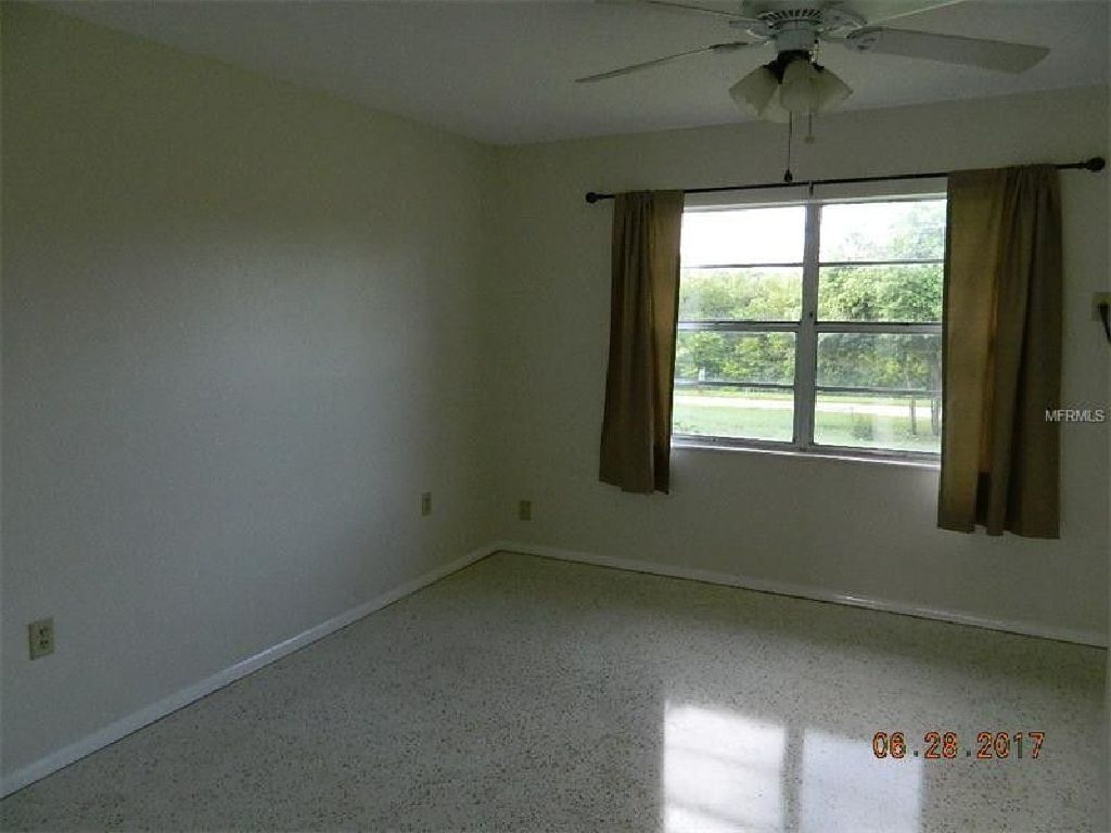 Great Area Nice Move In Ready Fresh Paint Terrazzo Floors