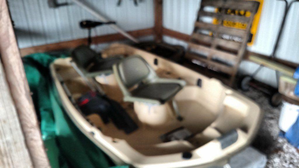 Sun dolphin pro series fully loaded fishing boat - Claz org