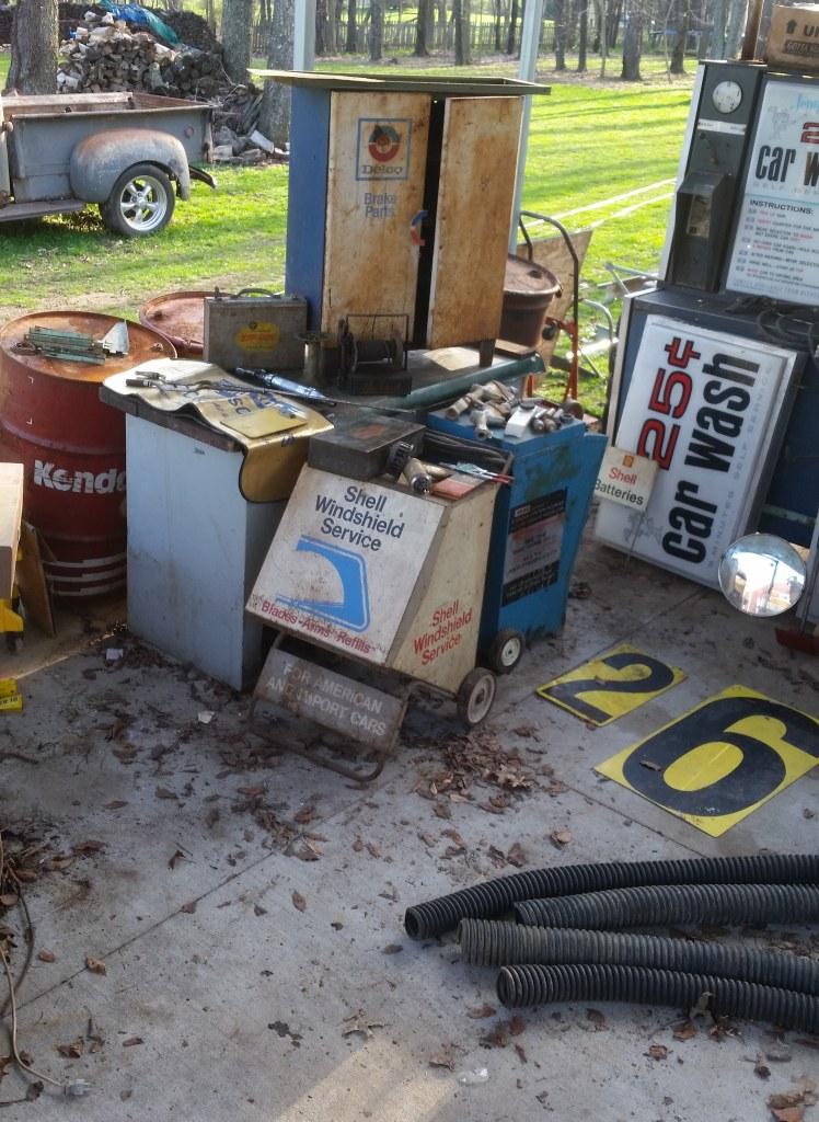 Vintage Gas Station Automotive Memorabilia