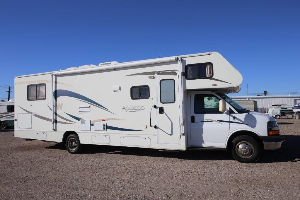 Amazing Winnebago 2005 ASPECT 26A  FORD