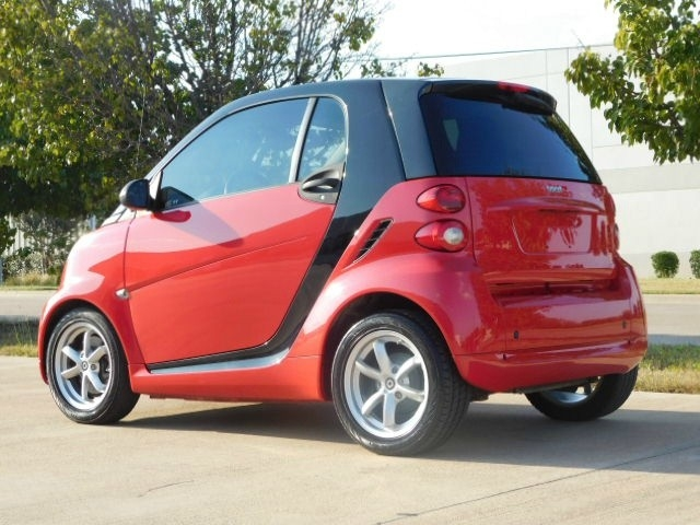 2012 Smart fortwo 2dr Cpe Passion