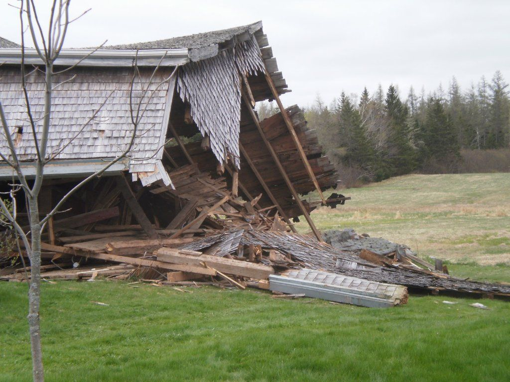 Barn & Shed & Outbuilding - Demo / Removal - Residential Contractor