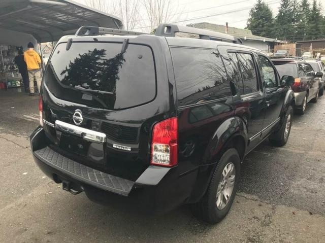 2012 Nissan Pathfinder LE 4x4 4dr SUV