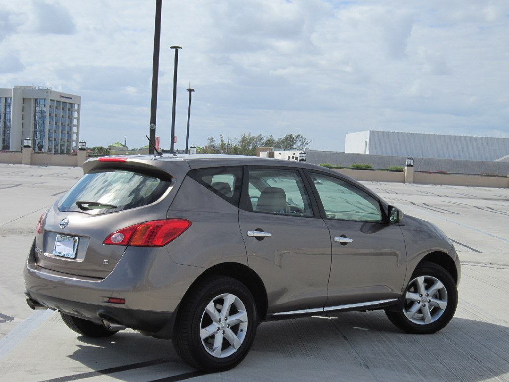 ** 2009 NISSAN MURANO S**62K MILES**ONE OWNER**CLEAN TITLE**CARFAX