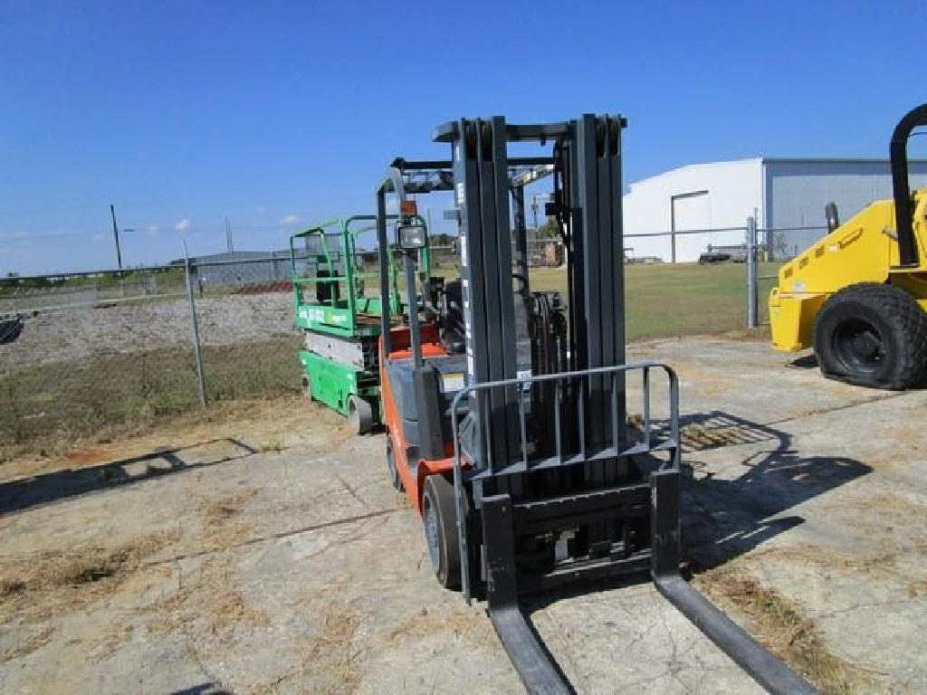 2016 Heli 5,000 Lb. Forklift (LPG) RTR#6113273-01