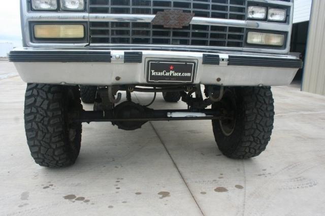 1990 Chevrolet SUBURBAN 4X4 LIFTED SILVERADO 4X4