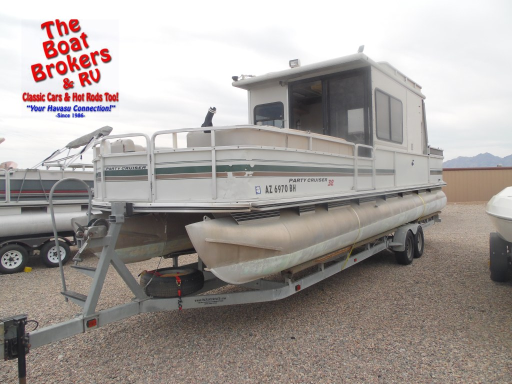 2000 Party Cruiser 32' Pontoon