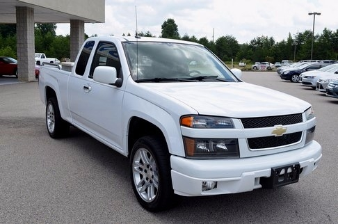 2012 Chevrolet Colorado EXTENDED CAB LT 2WD LOW MILES GREAT CARFAX SHARP