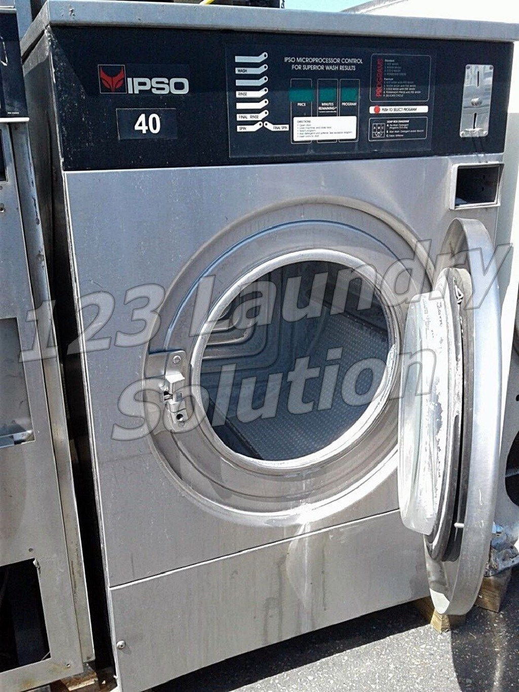 Fair Condition IPSO Front Load Washer 40LB WE181C 1PH 220V Stainless Steel Finish Used