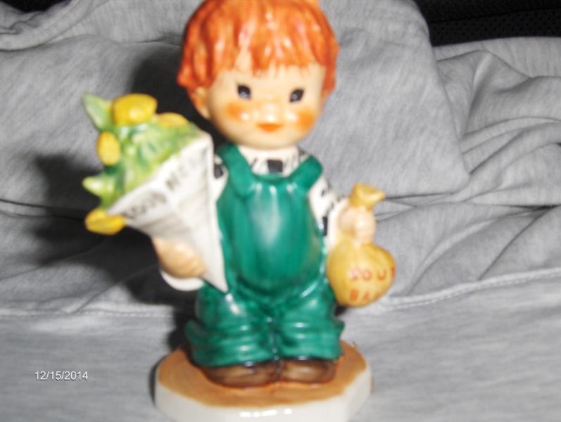 Vintage Very Rare HUMMEL / GOEBEL VINTAGE REDHEAD FIGURINE LITTLE BOY CALLED ( GOOD NEWS )