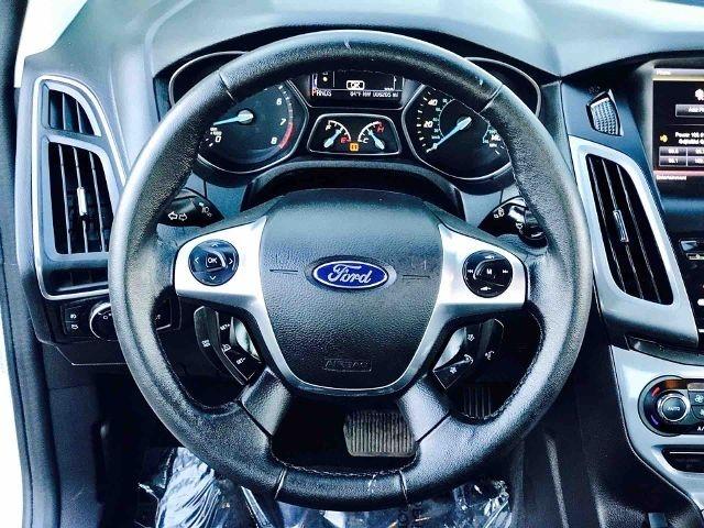 2013 Ford Focus 4dr Sdn Titanium