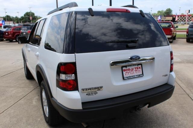 2007 Ford Explorer 2WD 4dr V6 XLT