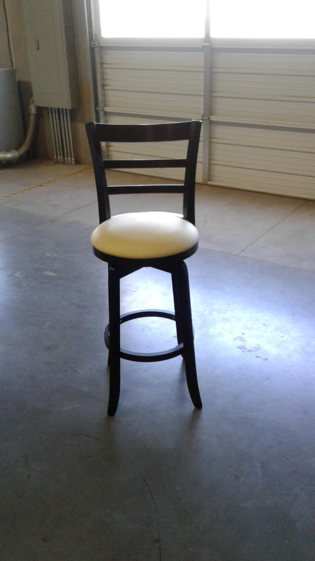 Bar Stool- Swivel Counter Height