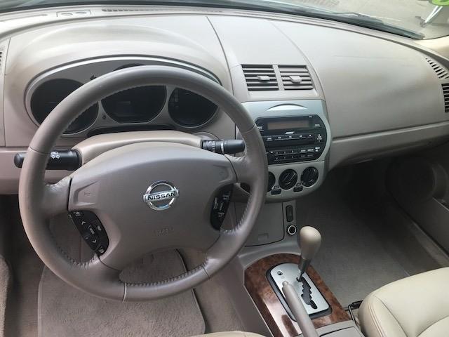 2004 Nissan Altima 4dr Sdn 2.5 SL Auto