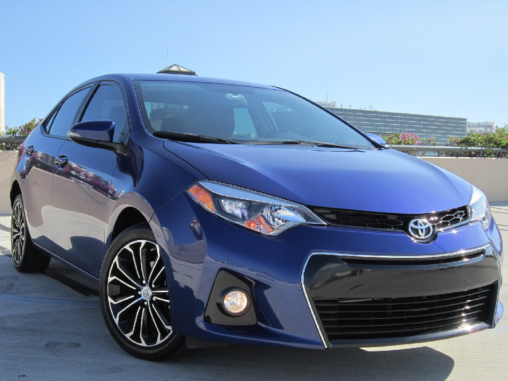 *** 2016 TOYOTA COROLLA S PLUS**CLEAN TITLE**CARFAX**9K MILES ***