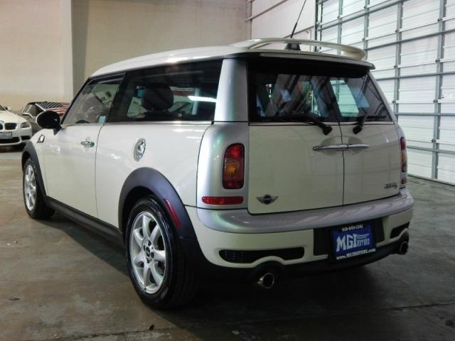 2010 Mini Cooper Clubman 2dr Cpe S