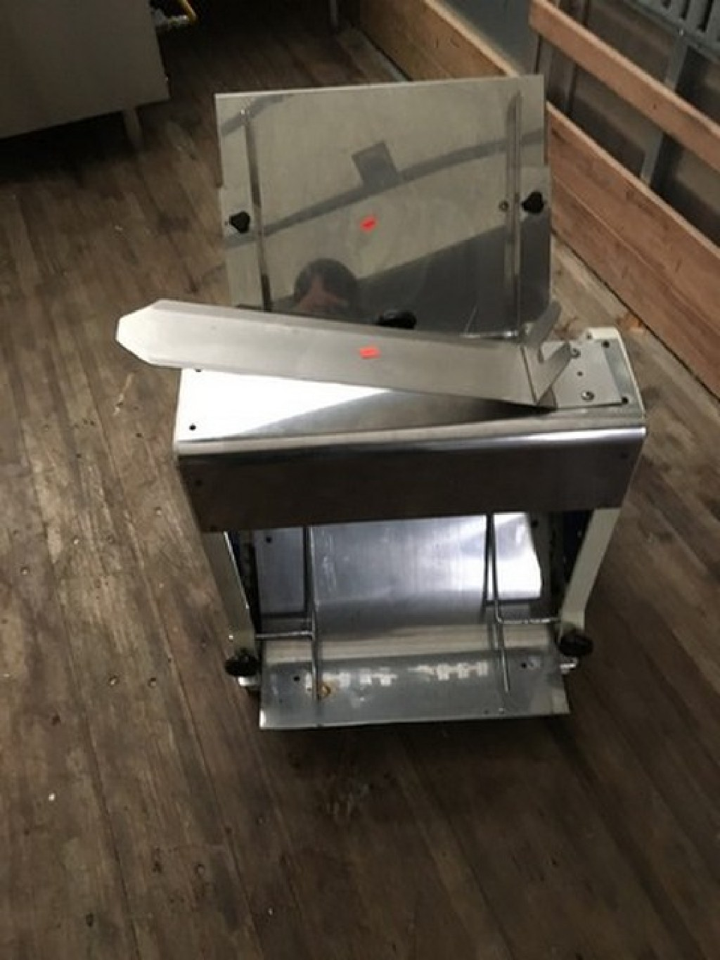 Countertop Bread Slicer, 240 Loaves per hour RTR#7043469-02