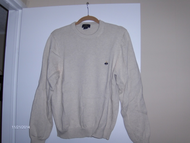 """BROOKS BROTHERS SWEATERS (VERO BEACH) LIKE NEW MAKE A GREAT GIFT!! """"MAKE ME A REASONABLE OFFER..."""