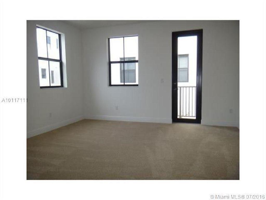 Great location! New constructions,5 Bed Room, 4 Full Bath Room, 1 Loft!!!