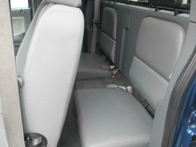 2005 Dodge Dakota SLT 4WD 4dr Club Cab SB