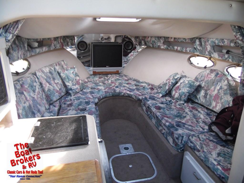 1996 Crownline 250 CR Cabin Cruiser 25'
