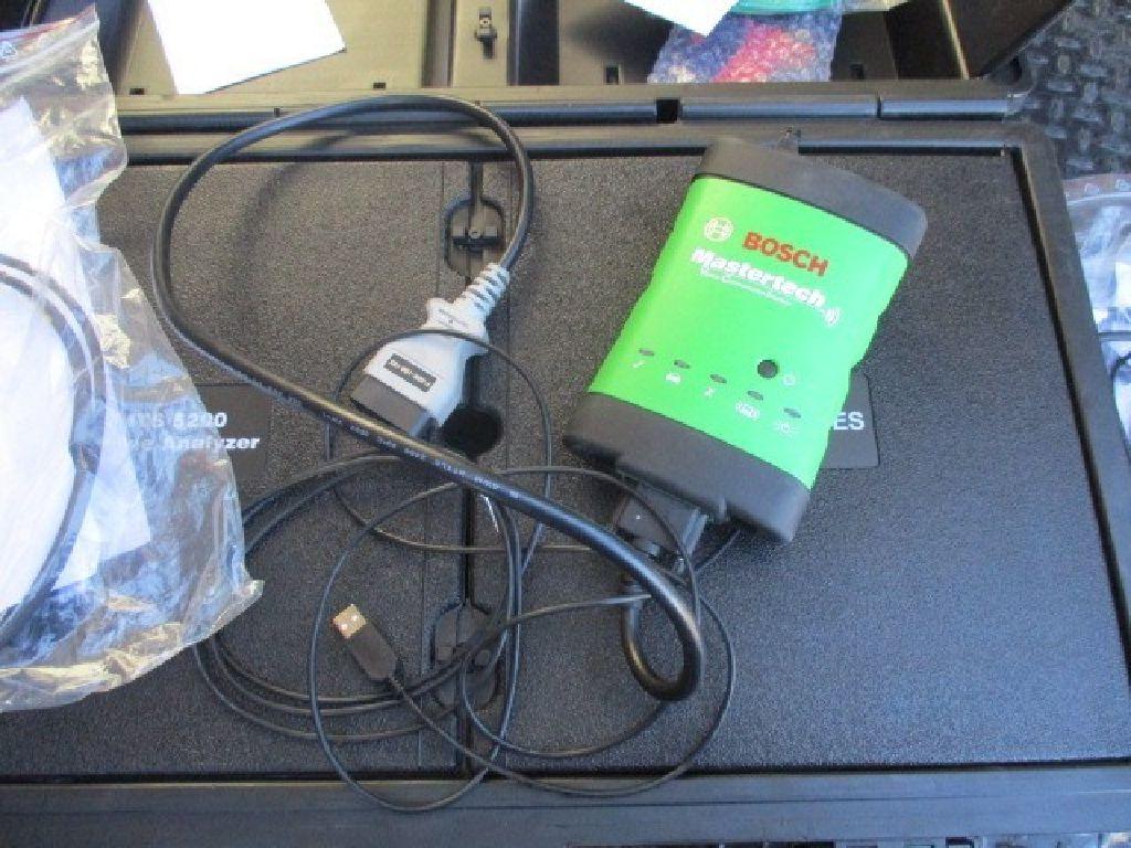 2015 Bosch MTS 5200 Engine Analyzer RTR#7081031-01