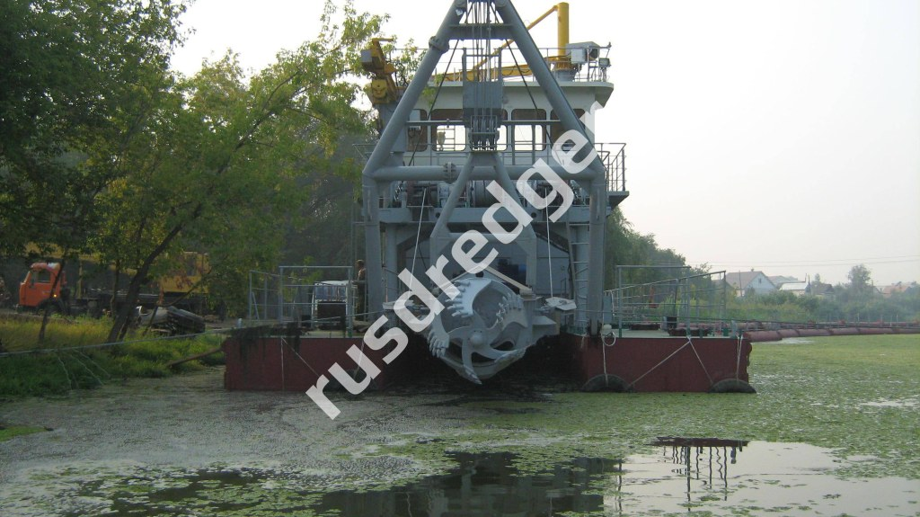 Dredger 3400 by URAL HYDROMECHANICAL PLANT, CJSC