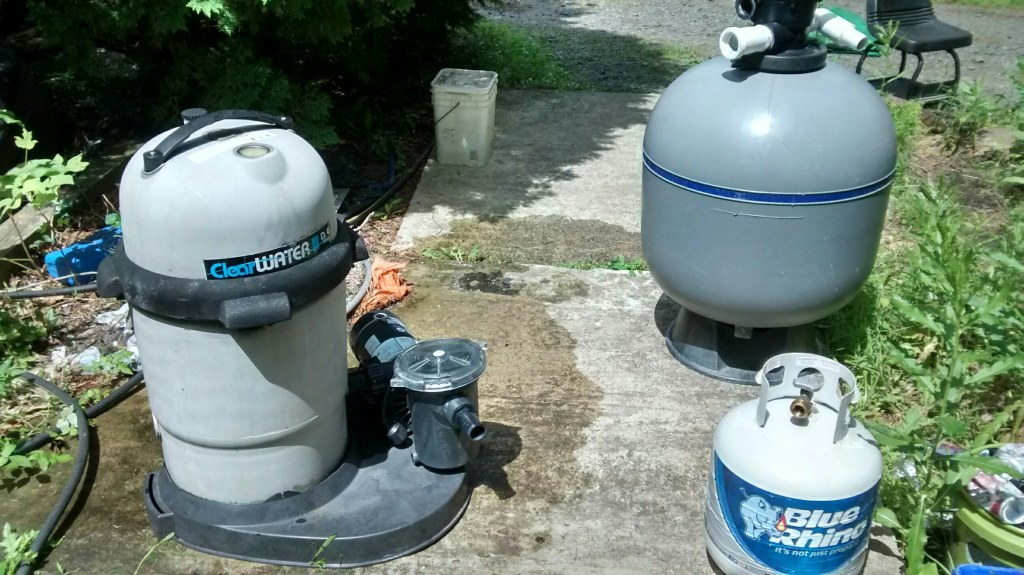 15 / 18 / 21 / 24 USED GOOD CONDITION ABOVE GROUND POOLS / POOL PUMPS / POOL FILTERS / POOL LADDERS / REPLACEMENT POOL WALLS / POOL PARTS
