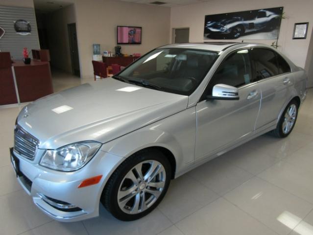 2013 Mercedes-Benz C250 Luxury Sedan