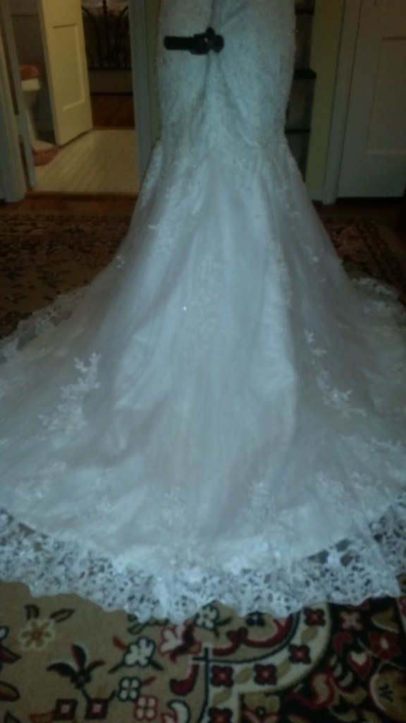 Candice's Mermaid Lace Cap Sleeves Wedding Dress Size 14 Ivory