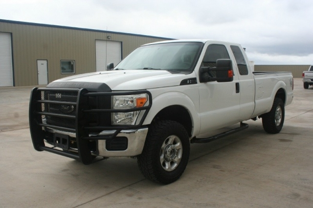 2011 Ford Super Duty F-250 SUPERCAB 4X4 4WD SuperCab 4X4