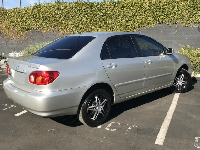 2003 Toyota Corolla 4dr Sdn LE Manual (Natl)