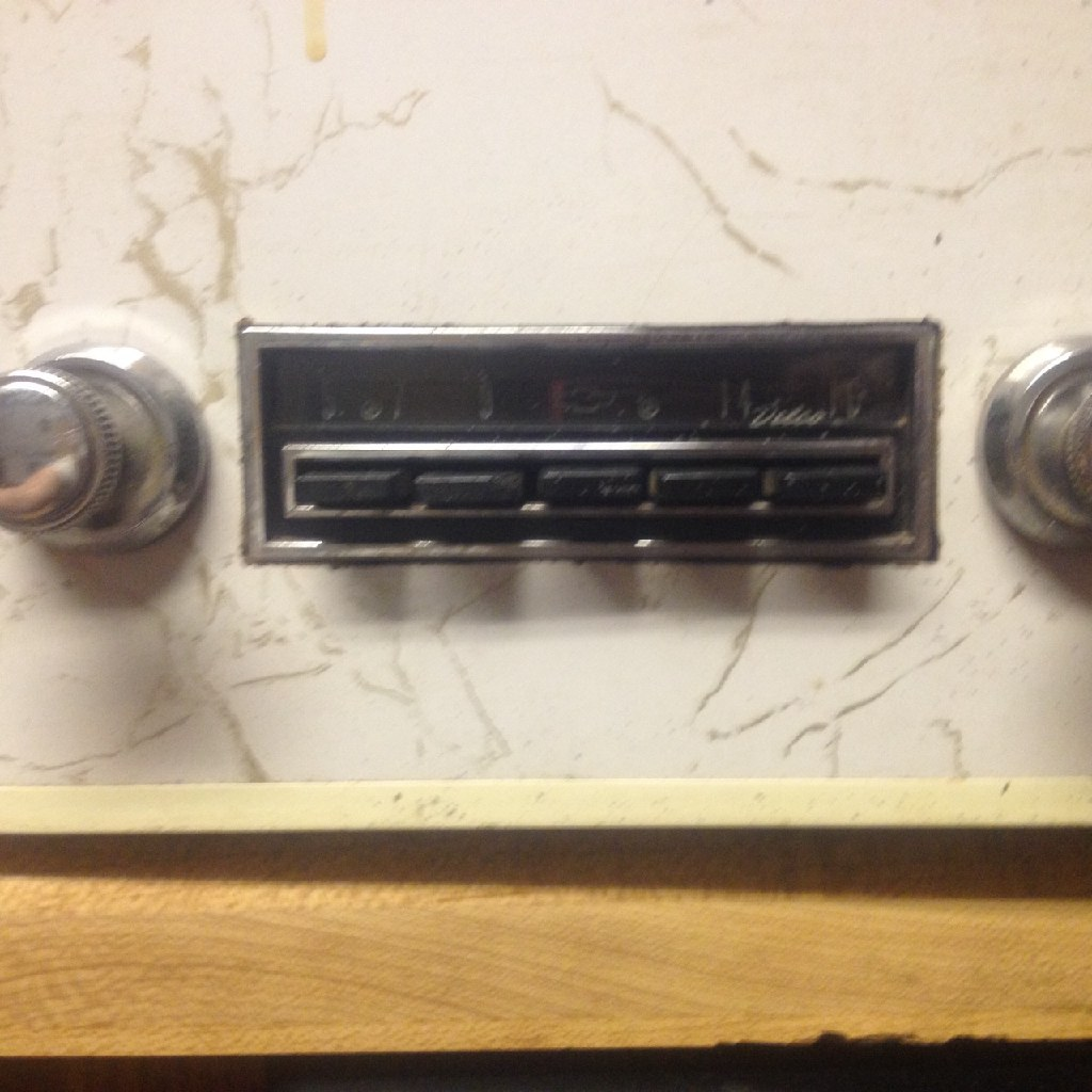 64 Chevrolet AM Radio