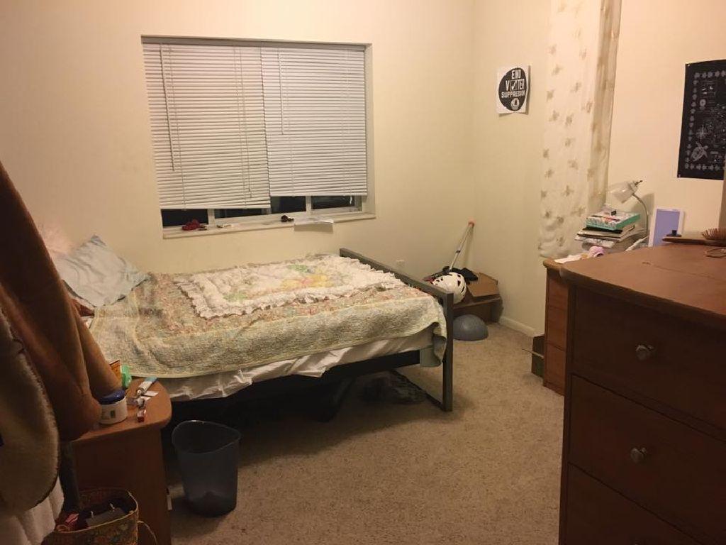 Subleasing room in 4 bedroom apartment