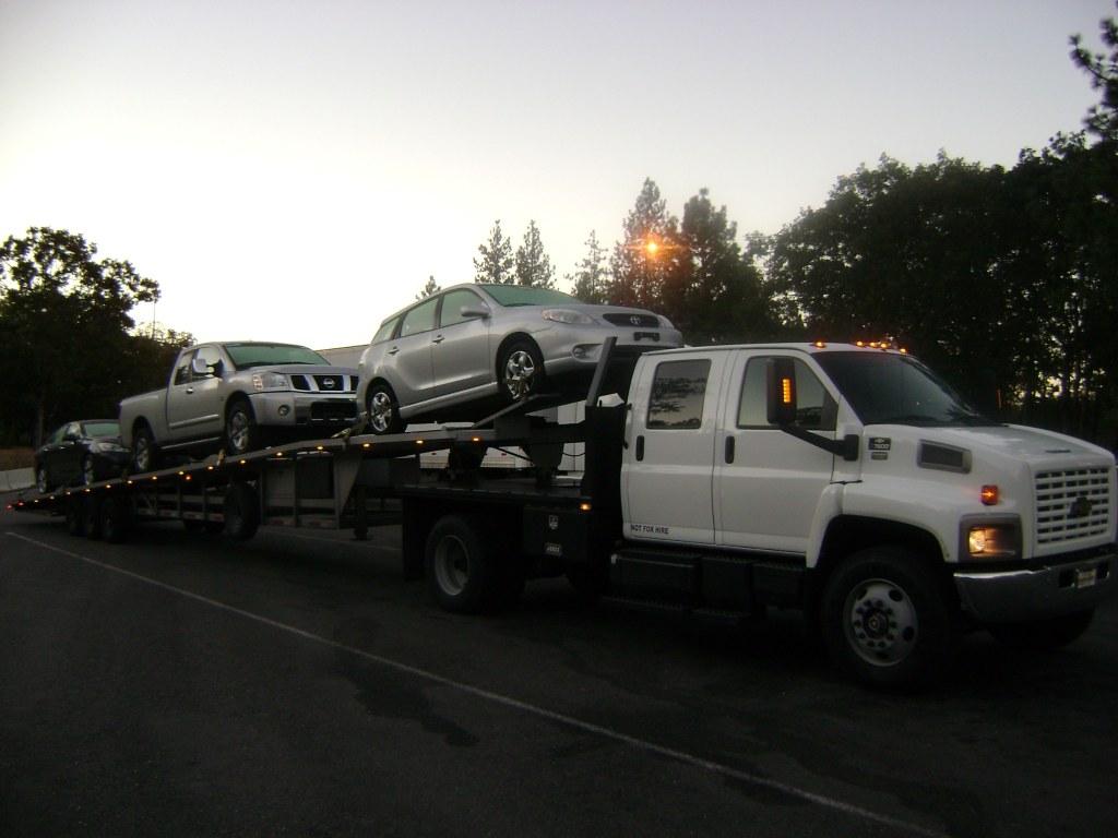 Servicio de transporte de vehiculos estimados gratis Mario 425-315-5929