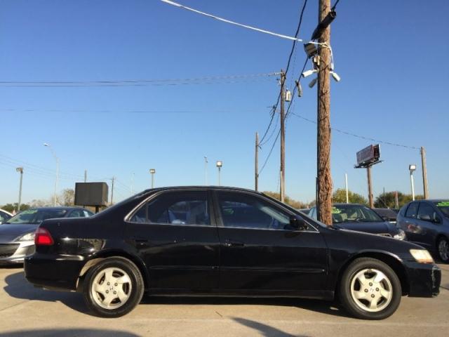 1999 Honda Accord Sdn 4dr Sdn EX ULEV Auto