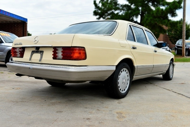 1986 Mercedes-Benz 420 Series 4dr Sedan 420SEL