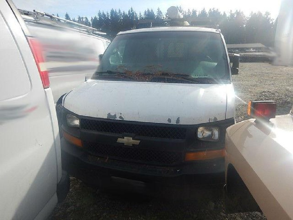 2004 Chevy 2500 Express Cargo Van GM 4.8L V8
