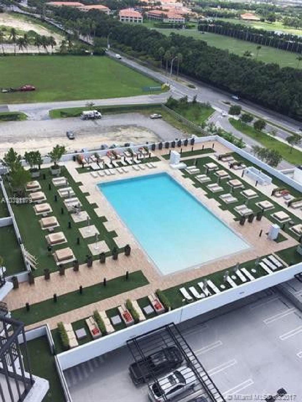 Million dollar view and a spectacular brand new Luxury condo at the exclusive Downtown DORAL!!!