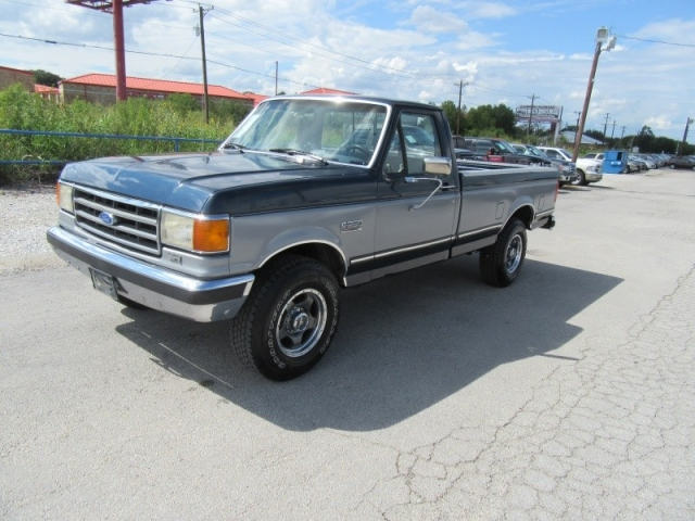 1991 Ford Super Duty F-250 XLT LARIAT