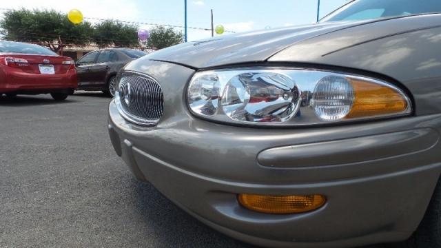 2002 Buick LeSabre 4dr Sdn Custom