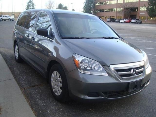 2007 Honda Odyssey LX 4dr Mini Van