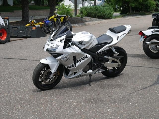 2004 Honda SPORTBIKE