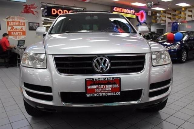 2004 Volkswagen Touareg V8 AWD 4dr SUV