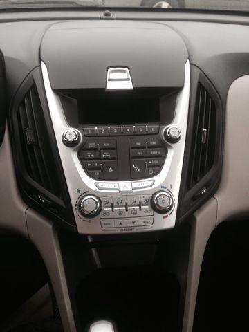 2011 Chevrolet Equinox LS AWD
