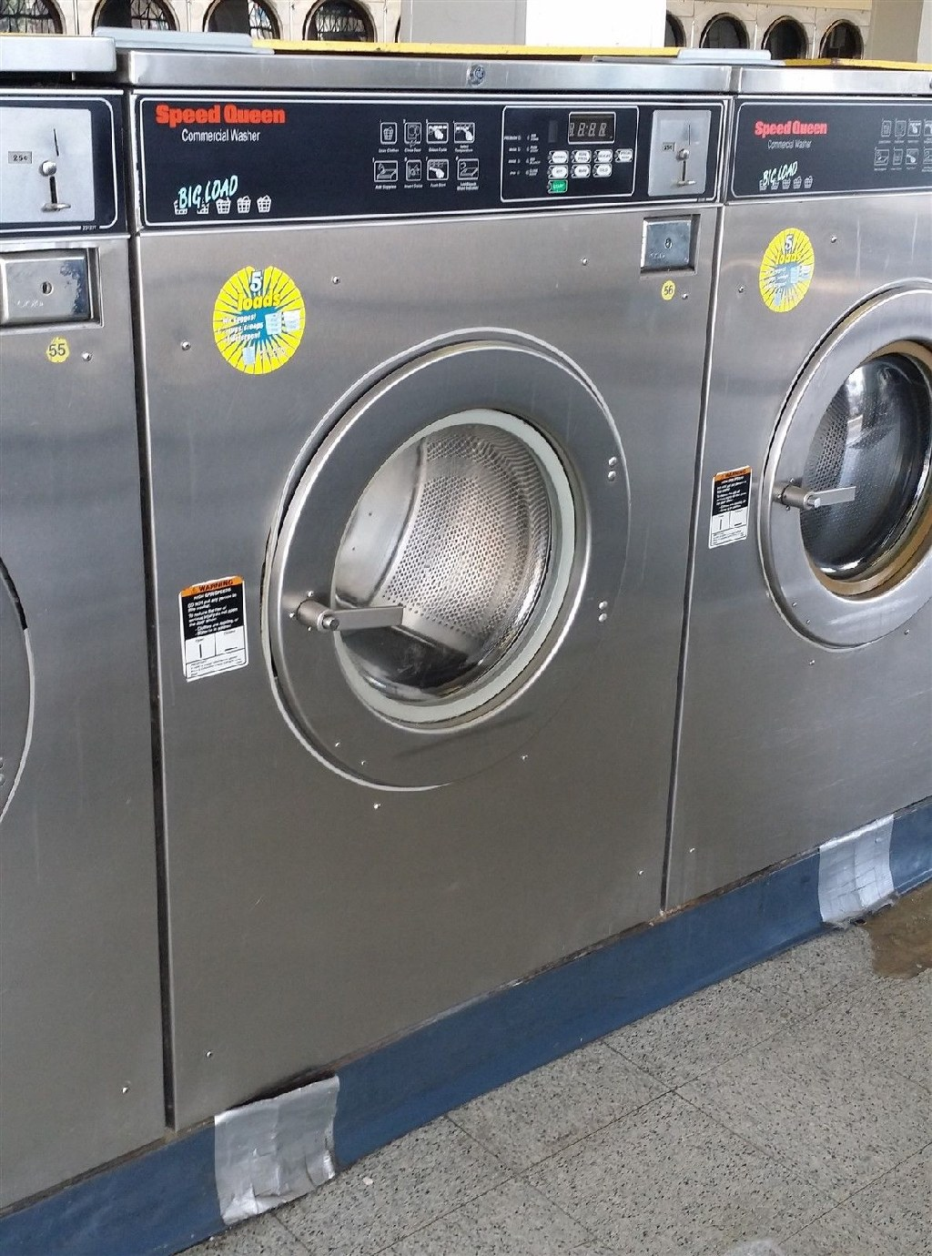 Coin Laundry Speed Queen Commercial Front Load Washer SC50EC 3PH 50 Lb Reconditioned