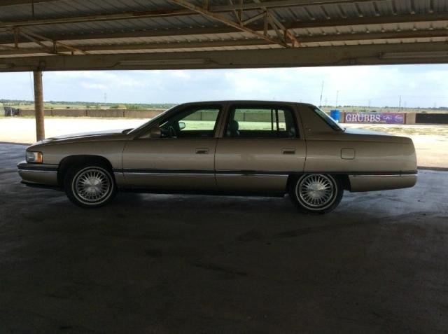 1995 Cadillac Deville 4dr Sedan