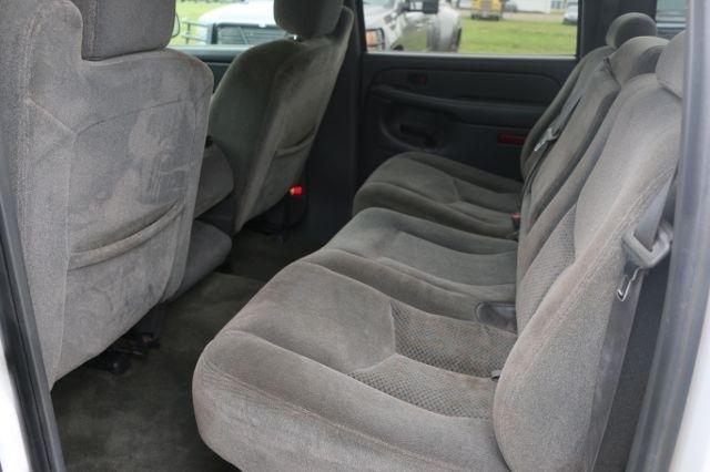 2005 Chevrolet Silverado 1500 Crew Cab Z71 Pickup 4D 5 3/4 ft